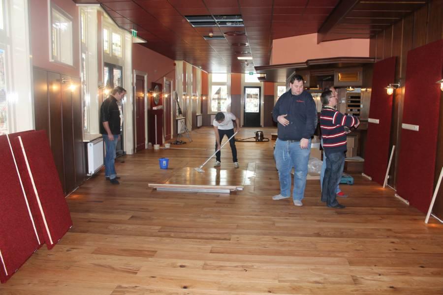 Pvc Vloeren Beuningen : Laminaat vloeren beuningen laminaat vloeren beuningen topvloeren