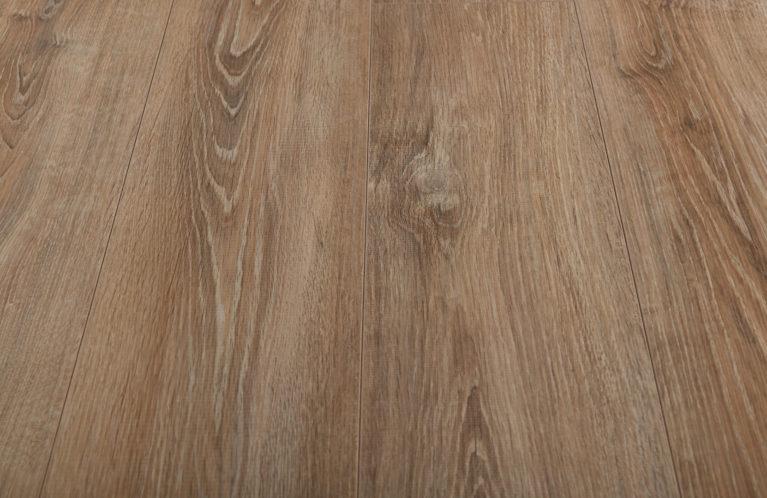 De Kronotex Exquisit Whitewashed Oak is een moderne laminaat vloer met een eiken motief. Dit exclusieve laminaat creëert een luxe uitstraling.