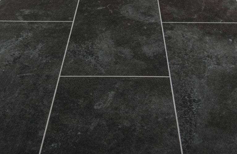 De Kronotex Mega Plus Himalaya is een moderne laminaat vloer met een tegel motief. Deze exclusieve laminaat creëert een exclusieve uitstraling.