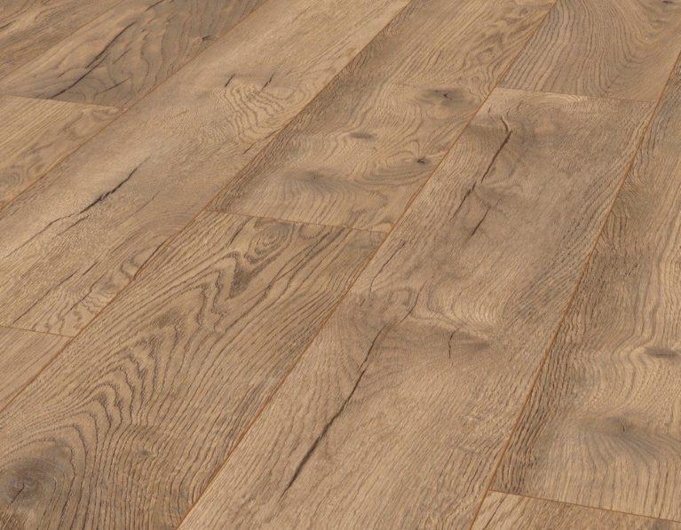 De Kronotex Exquisit Pettersson Oak Nature is een moderne laminaat vloer met een eiken motief. Dit exclusieve laminaat creëert een luxe uitstraling.