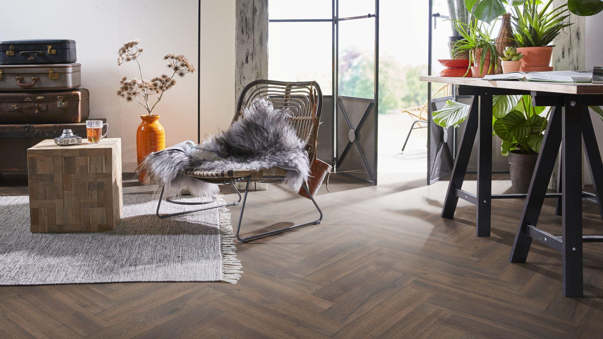 Twenterand Flooring 7881 Gewit Visgraat Laminaat Com Altijd De Laagste Prijsgarantie